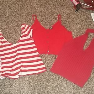 3 RED TOPS WOMENS S/M